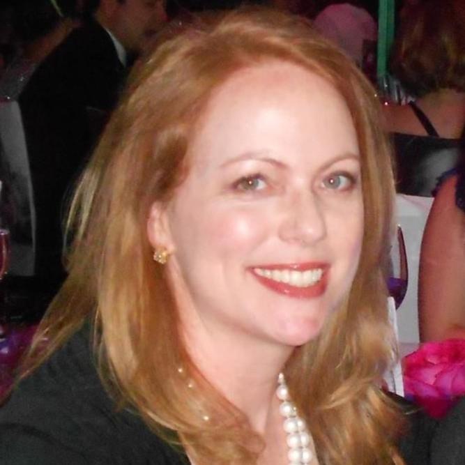 Ann-Hoeger-Headshot
